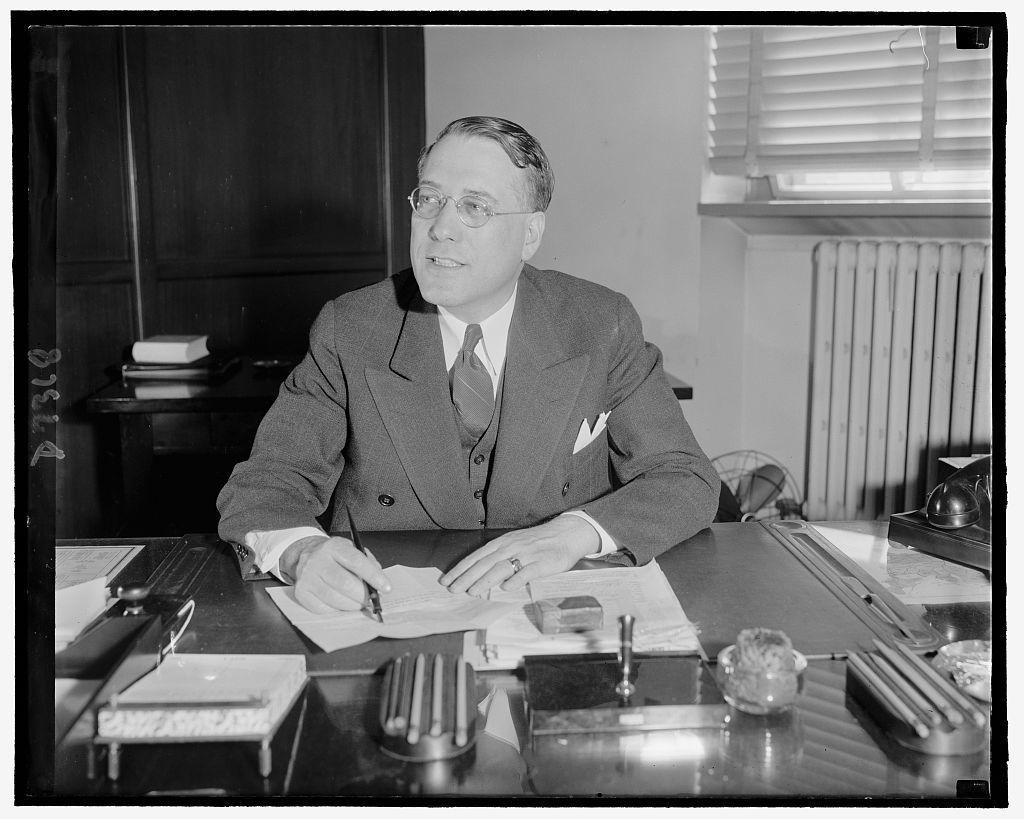 Elmer L. Irey, Chief, Intellegence Unit, Bur. of Internal Revenue, 9/15/39