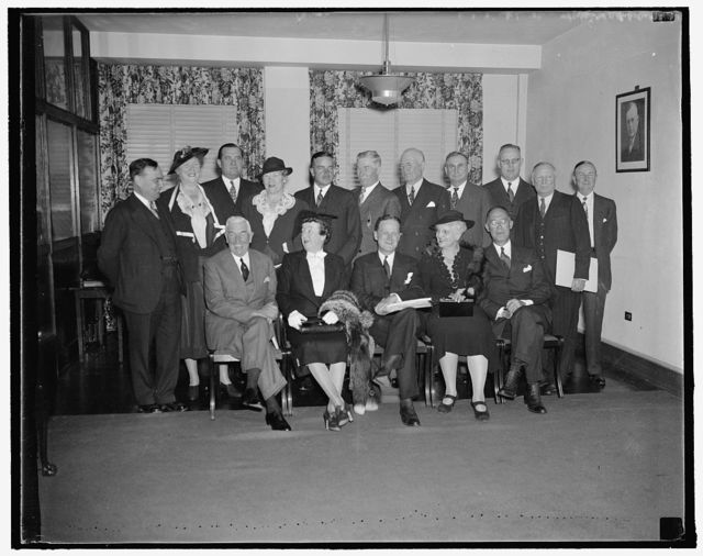 Executive Committee of the National Republican Committee. Washington, D.C., Sept. 23. The Executive Committee of the Republican National Committee held their first meeting to plan their campaigns for the Congressional Elections that are to be held in 1938. Left to right, seated are: Henry P. Fletcher of R.I., Mrs. Marjorie Scranton of PA., John Hamilton of Kansas, Chairman, Mrs. John E. Hillman of Colo., C.B. Goodspeed of Ill., Treasurer, and standing left to right: Joseph W. Martin, Jr. of Mass., Mrs. Paul Fitzsimmons of R.I., Walter S. Hallanan of West. VA., [...]S. Harace B. Sayre of Okla., Robert P. Burroughs of New Hampshire, Ezra R. Whitla of Idaho, R.B. Creager of [...]kas, J. Will Taylor of Tenn., Earl Warren of Cal., [...]rison E. Spangler of IA., Daniel E. Pomeroy of N.J. 9/23/37