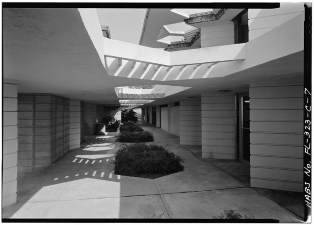 Florida Southern College, Emile E. Watson Administration Building, McDonald & Johnson Avenues, Lakeland, Polk County, FL