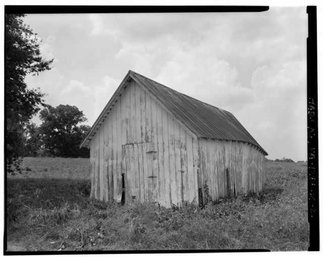 Fort Hill Farm, Small Barn, West of Staunton (Roanoke) River between Turkey & Caesar's Runs, Clover, Halifax County, VA
