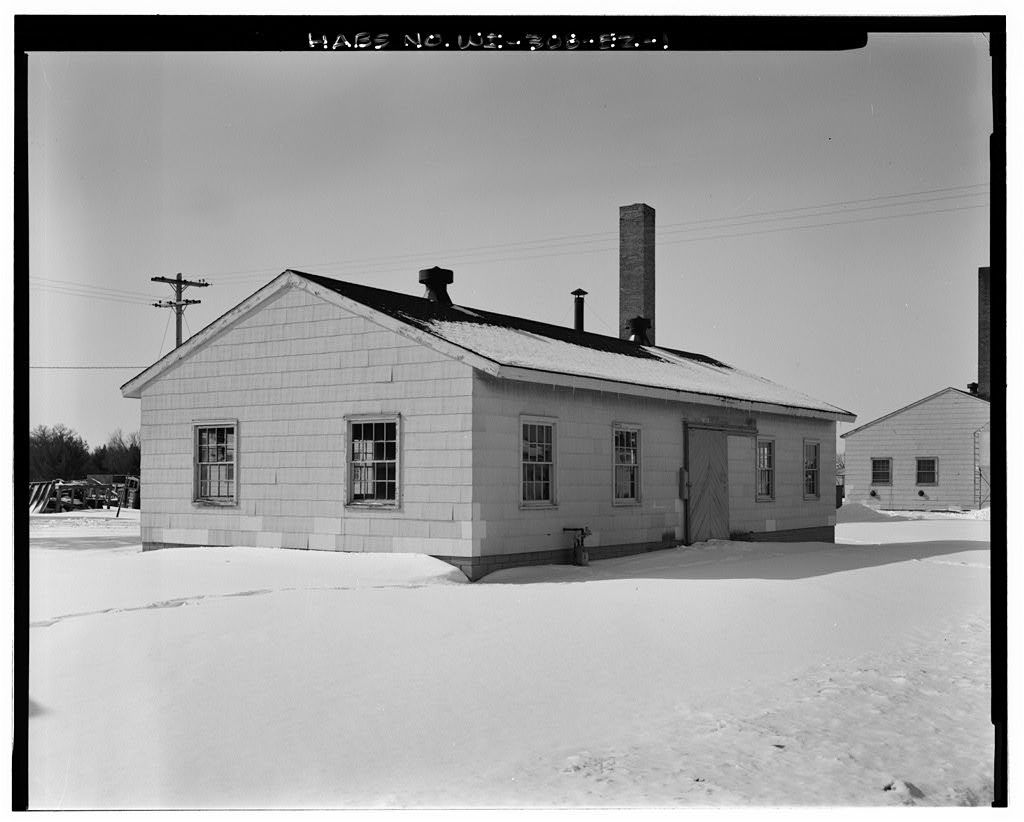 """Fort McCoy, Building No. T-1263, 100' West of Intersection of South """"Q"""" Street & South Tenth Avenue, Sparta, Monroe County, WI"""