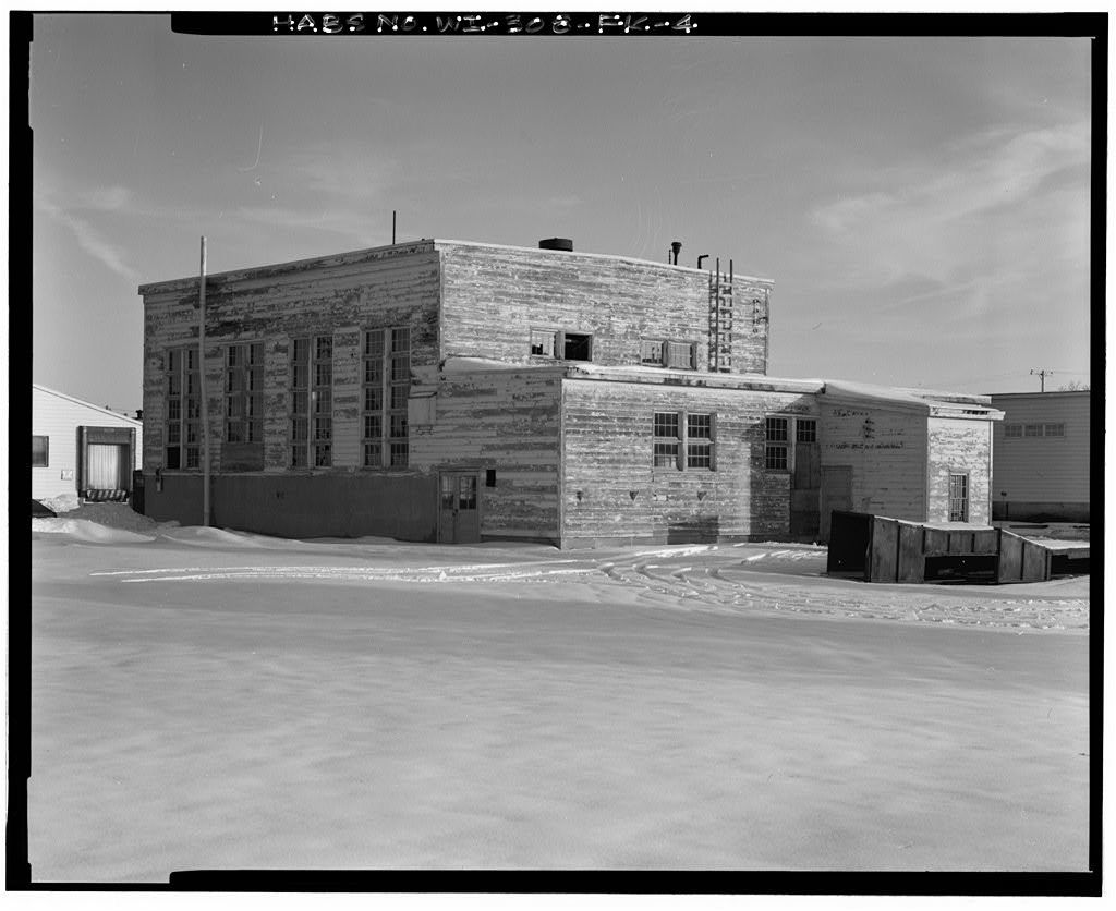 """Fort McCoy, Building No. T-2136, Southwest Corner of Intersection of South """"F"""" Street & South Sixth Street, Sparta, Monroe County, WI"""