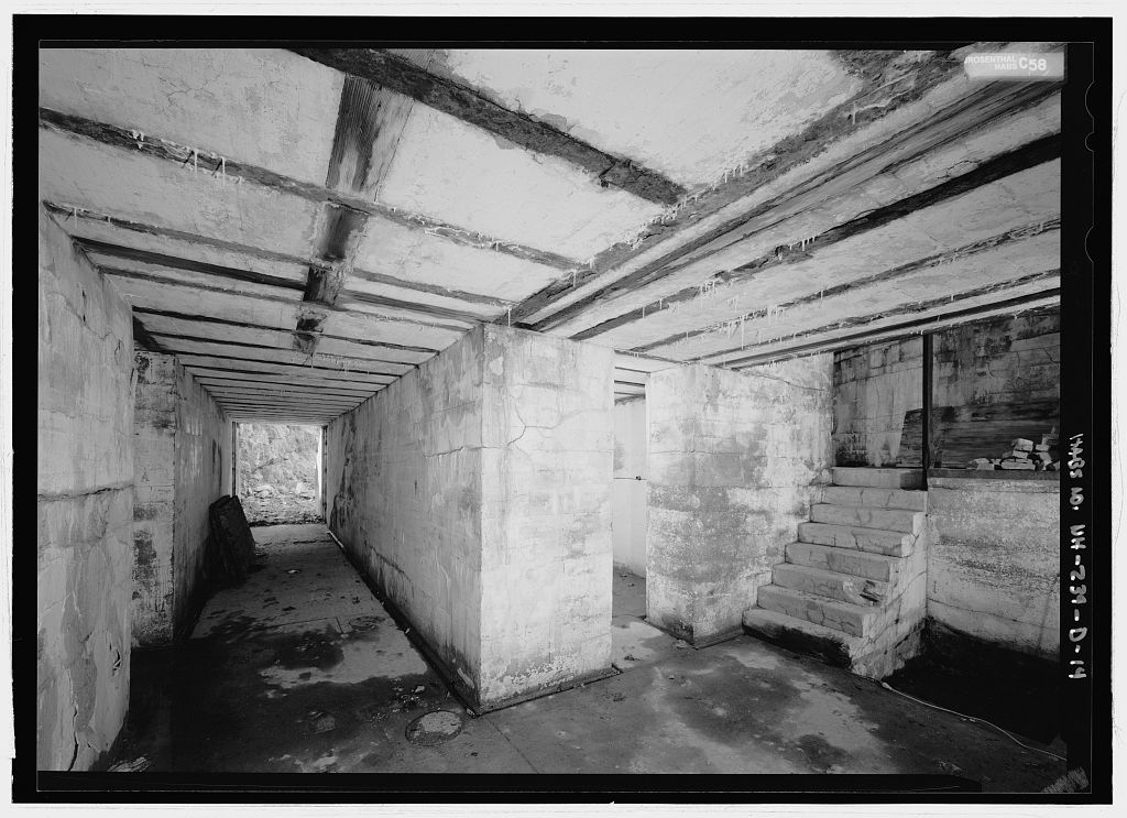Fort Point, Gun Emplacement Number 1, 25 Wentworth Road, New Castle, Rockingham County, NH