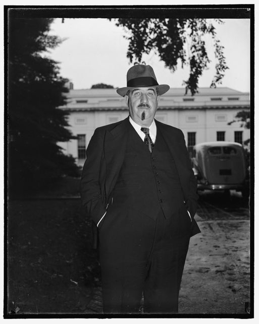 French Labor Leader calls on President. Washington, D.C., Sept. 19. Leon Jouhax, President of the French Confederation Labor, pictured as he left the White House today where he paid his respects to President Roosevelt, 9/19/38
