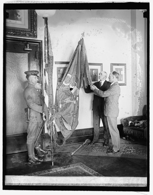 Gen. H.E. Ely & Hanford MacNider with their service flags, 2/17/26