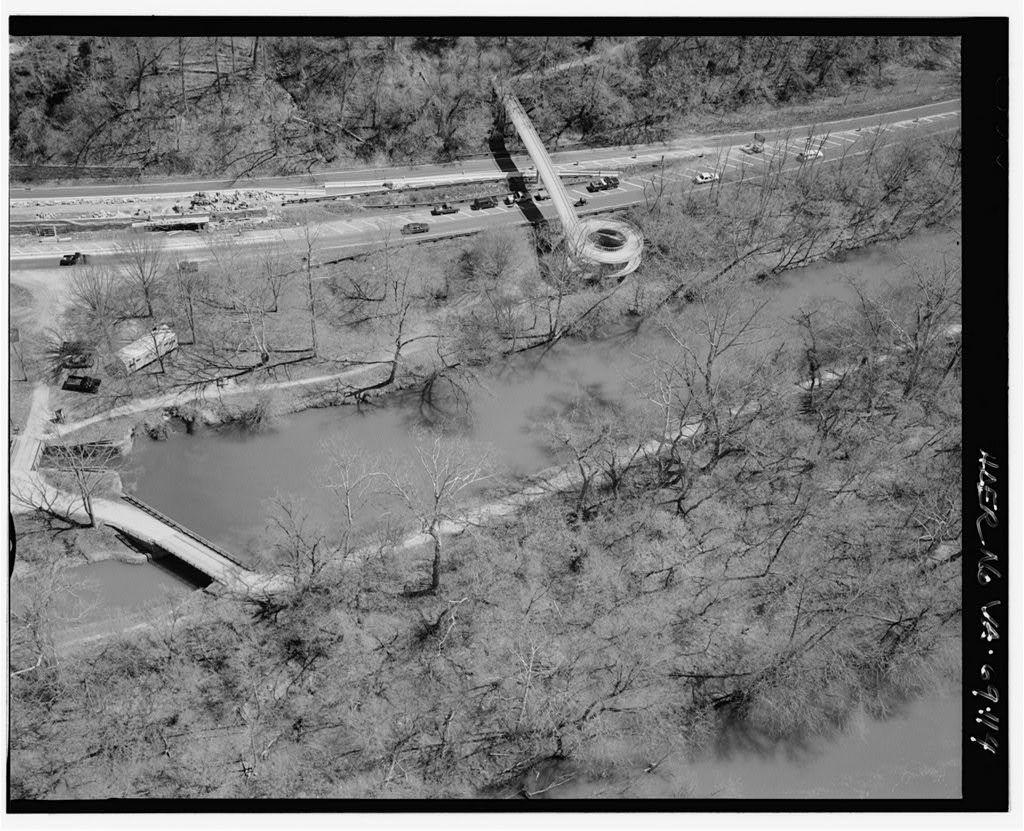 George Washington Memorial Parkway, Along Potomac River from McLean to Mount Vernon, VA, Mount Vernon, Fairfax County, VA