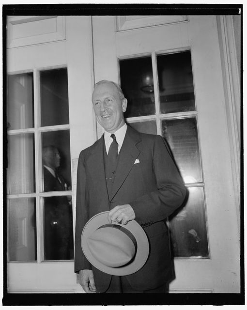Governor Stark at White House. Washington, D.C., June 7. Governor Lloyd Stark of Missouri conferred with President Roosevelt today and said the discussion did not touch on the impending vacancy in the Secretaryship of the Navy. Stark said he reported in detail to Mr. Roosevelt on actions of the recent Governor's conference and talked over measures to check fifth column activity in this country