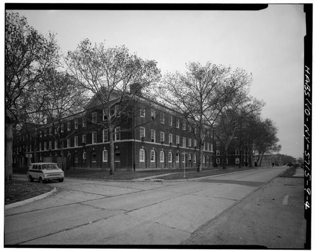 Governors Island, Barracks, New York Harbor, Short & Wheeler Avenues, New York, New York County, NY