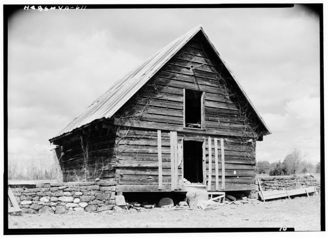 Green Hill Plantation, Log Barn, State Route 728, Long Island, Campbell County, VA