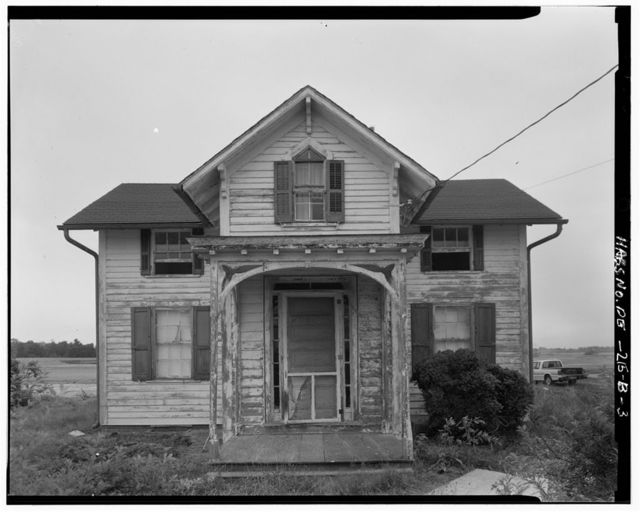 Greenlawn, Tenant House, State Route 896, 1 mile south of intersection of Routes 896 & 71, Middletown, New Castle County, DE