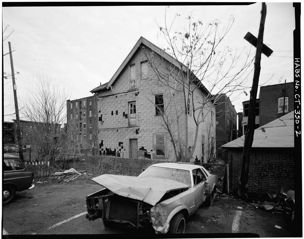 Grey House, 833 Park Street (rear), Hartford, Hartford County, CT