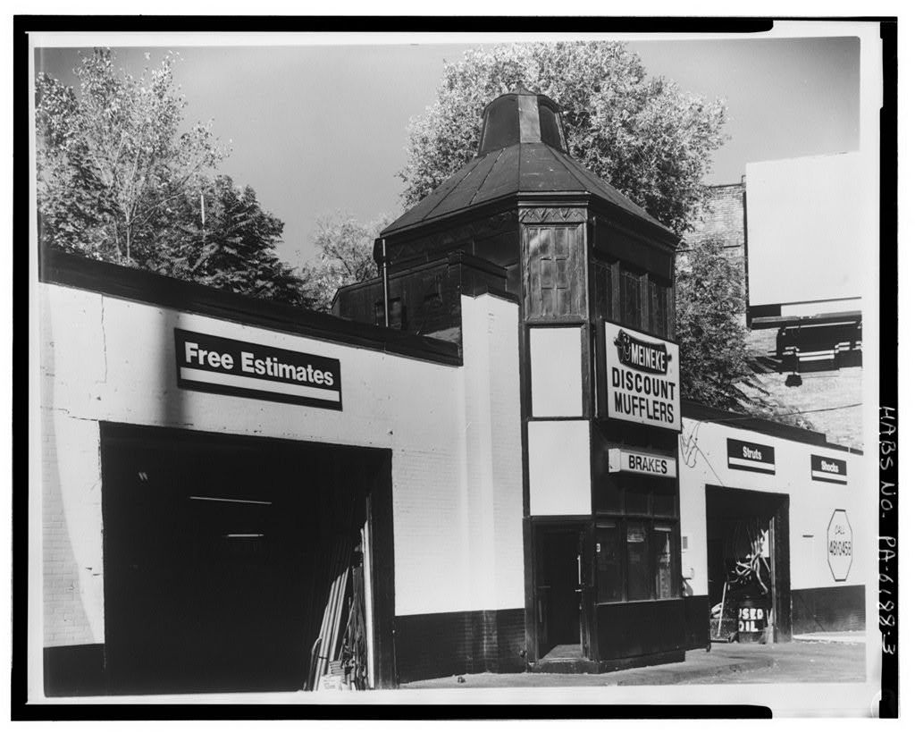 Gulf Filling Station, Corner of Route 51 & West Liberty Avenue, Pittsburgh, Allegheny County, PA