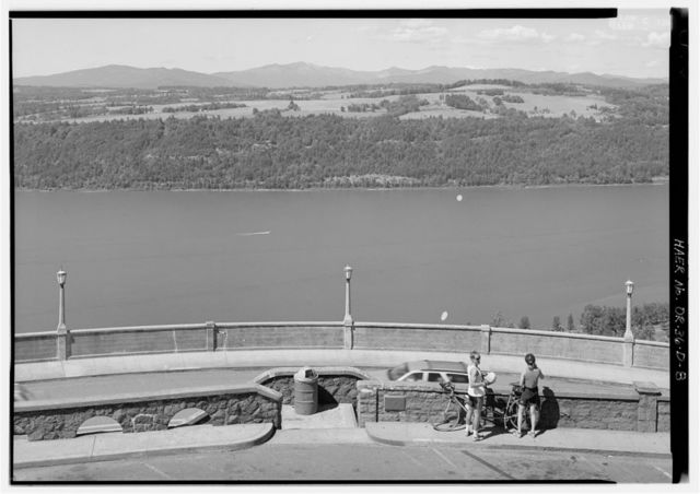 Historic Columbia River Highway, Crown Point, East of Corbett, Troutdale, Multnomah County, OR
