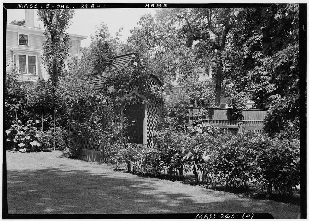 Hodges-Peele-West Summerhouse, 12 Chestnut Street, Salem, Essex County, MA