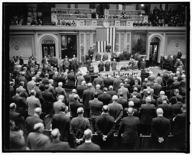 House convenes for special session. Washington, D.C., Nov. 15. Scene in the House chamber today as Rev. James Shera Montgomery, chaplain of the House, delivered the prayer to open the special session called by President Roosevelt, 11/15/37