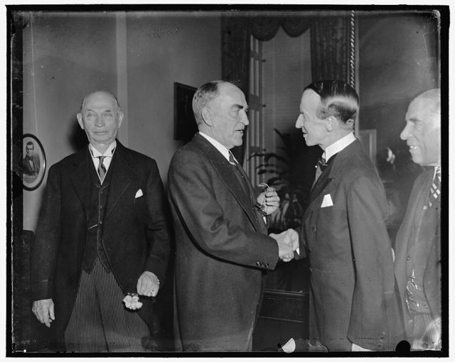 House Speaker greets Governor General of Canada. Washington, D.C. April 1. Lord Tweedsmuir, Governor General of Canada, was extendd a cordial welcome by Speaker Bankhead when he visited the House of Representatives today, 4/1/37