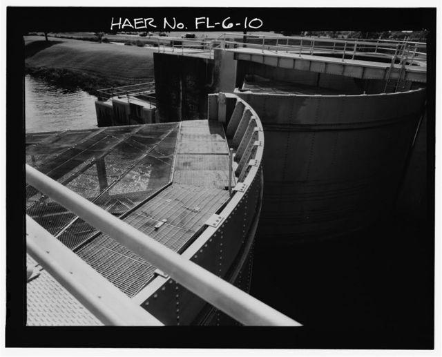 Hurricane Gate Structure 3, Herbert Hoover Dike on Lake Okeechobee, Belle Glade, Palm Beach County, FL