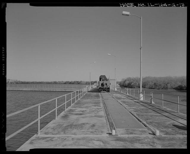 Illinois Waterway, Brandon Road Lock and Dam , 1100 Brandon Road, Joliet, Will County, IL