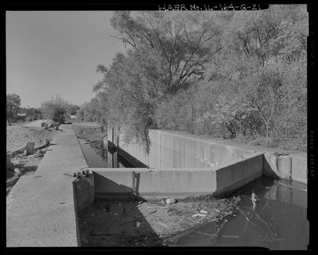 Illinois Waterway, Brandon Road Lock and Dam , 1100 Brandon Road, Joliet, Will County, IL