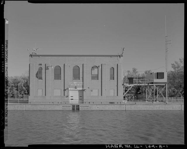 Illinois Waterway, Peoria Lock and Dam, 1071 Wesley Road, Creve Coeur, Tazewell County, IL