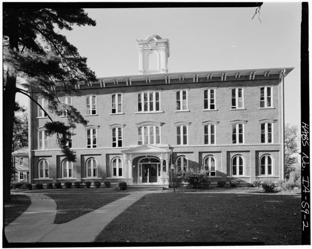 Iowa Wesleyan College, Old Main Building, Broad Street, Mount Pleasant, Henry County, IA