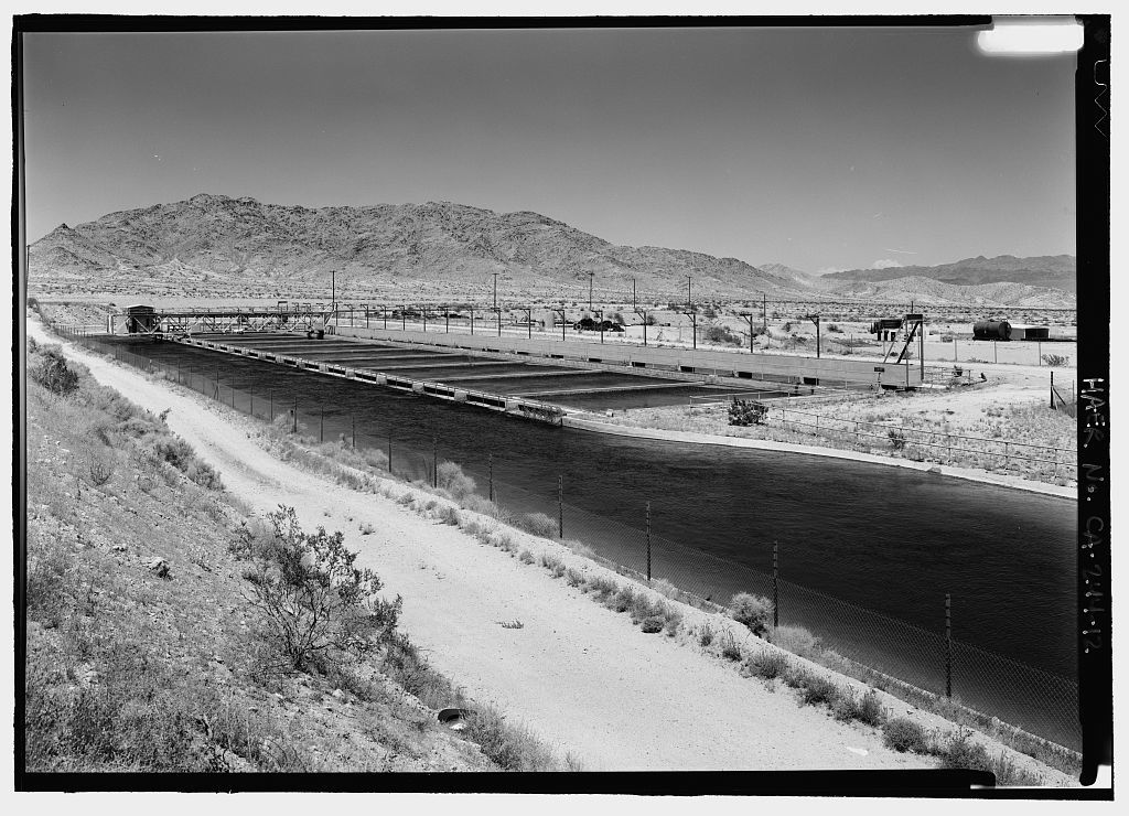 Iron Mountain Pump Plant, South of Danby Lake, north of Routes 62 & 177 junction, Rice, San Bernardino County, CA