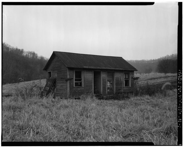 Jacob Crow Farm, Chicken House, Crow Creek Road, 1 mile south of intersection of Routes 15 & 28, Cameron, Marshall County, WV