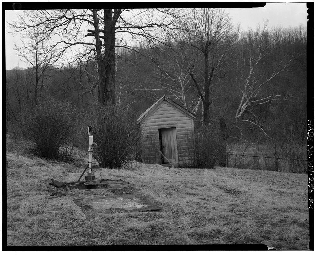 Jacob Crow Farm, Smoke House, Crow Creek Road, 1 mile south of intersection of Routes 15 & 28, Cameron, Marshall County, WV
