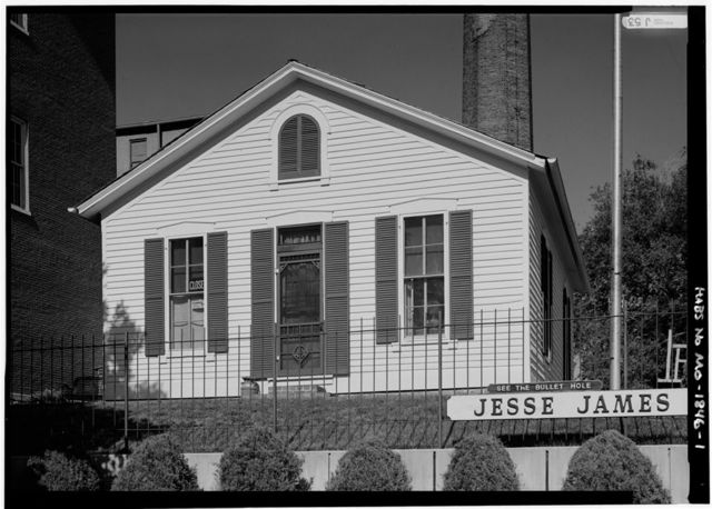 Jesse James House, Twelfth Street & Mitchell Avenue, Saint Joseph, Buchanan County, MO