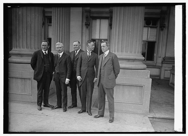 [Jos. T. Robinson, Underwood and group], 12/4/23