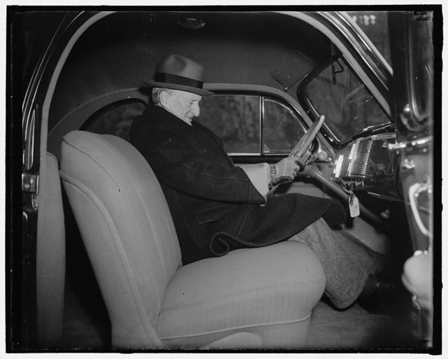 Justice McReynolds celebrates 76th birthday. Washington, D.C., February 3. Appearing the best of health, Associate Justice James Clark McReynolds of the United States Supreme Court, celebrated his 76th birthday today. Driving his own car he is shown leaving his home for the Supreme Court, 2/3/38
