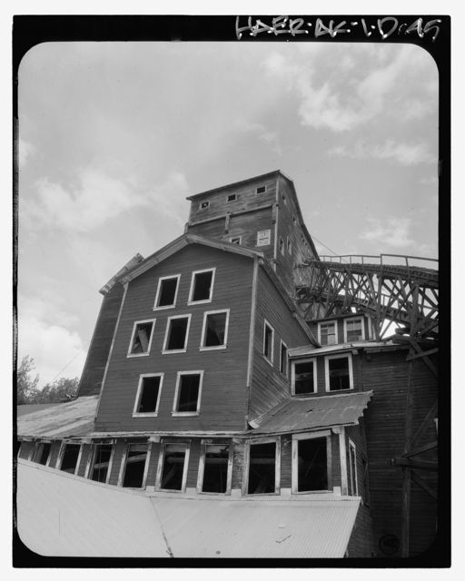 Kennecott Copper Corporation, Concentration Mill, On Copper River & Northwestern Railroad, Kennicott, Valdez-Cordova Census Area, AK