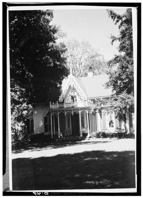 Kenyon College, Peter Neff Cottage, Wiggin Street, Gambier, Knox County, OH