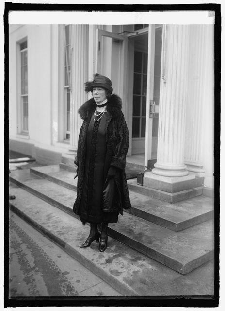 Lady Lester Kays of London at W.H. [i.e., White House, Washington, D.C.], 2/2/25