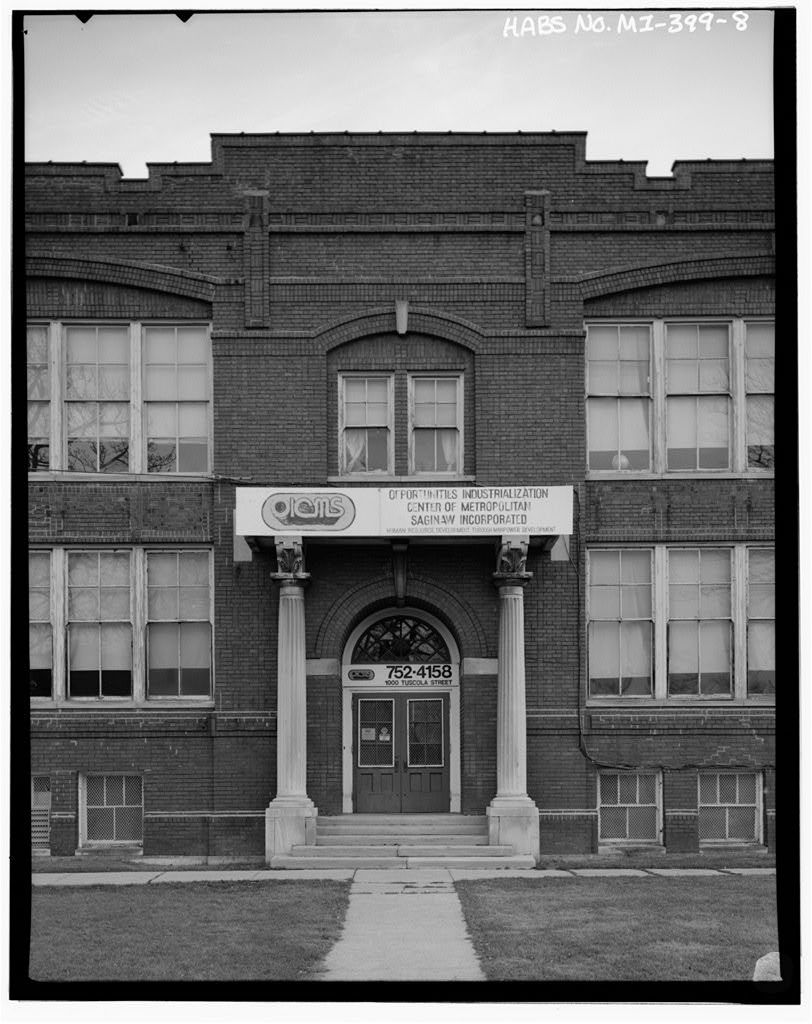 Lincoln School, 1000 Tuscola Avenue, Saginaw, Saginaw County, MI