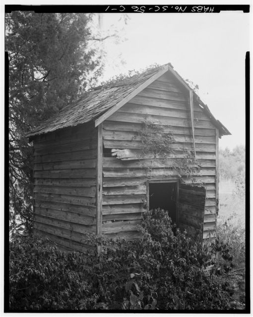 Loch Dhu, Smokehouse, State Route 6 & County Road 59 vicinity, Eutawville, Orangeburg County, SC