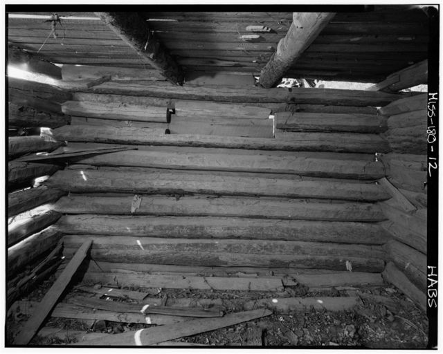 M. V. Riddle Barn, Old Natchez Trace vicinity, Tishomingo, Tishomingo County, MS