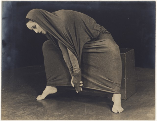 [ Martha Graham in Lamentation, No. 20]