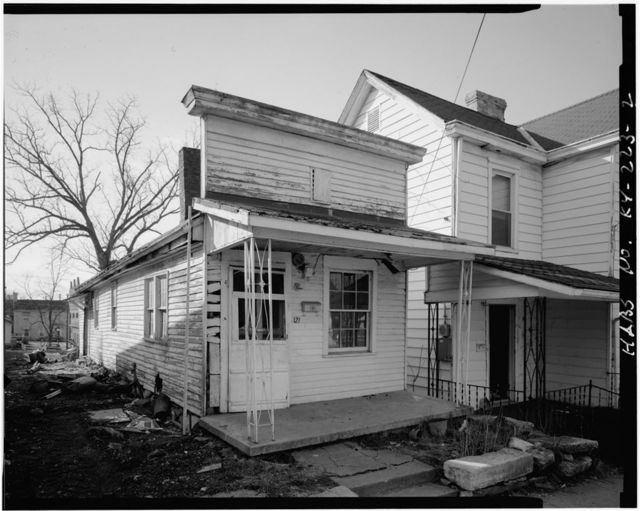 Mary Cecil Cantrill No. 3 House, 121 North Mulberry Street, Georgetown, Scott County, KY