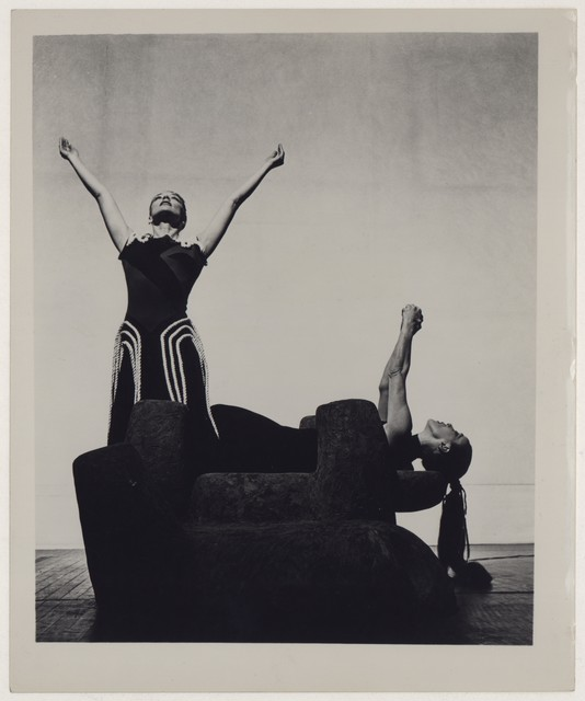 [ May O'Donnell and Martha Graham in Cave of the heart]