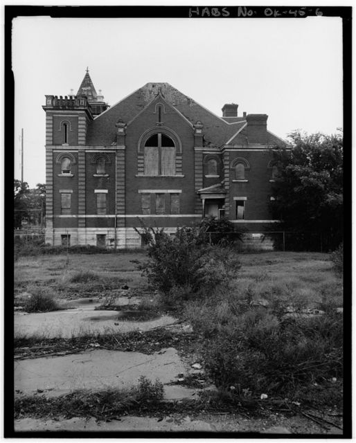 Maywood Presbyterian Church, 400 Northeast Ninth Street, Oklahoma City, Oklahoma County, OK