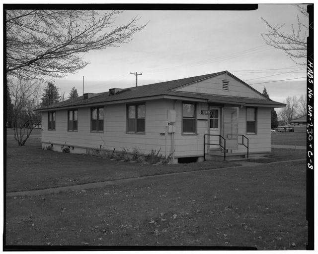 McChord Air Force Base, Lanham Housing 2-Bedroom Duplex Type, Tacoma, Pierce County, WA