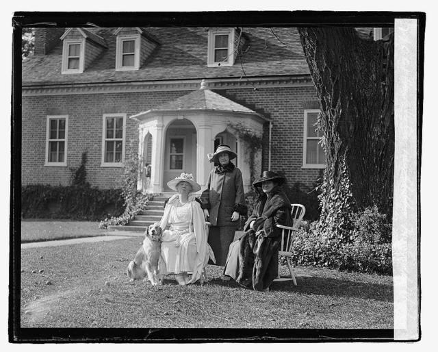 Miss Hutle, Mrs. Chelton, Mrs. Geddes, 10/24/22