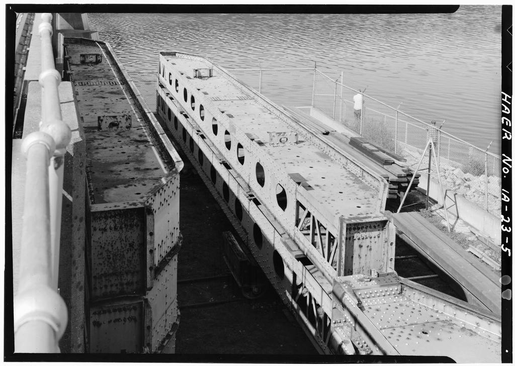 Mississippi River 9-Foot Channel Project, Lock & Dam No. 11, Upper Mississippi River, Dubuque, Dubuque County, IA