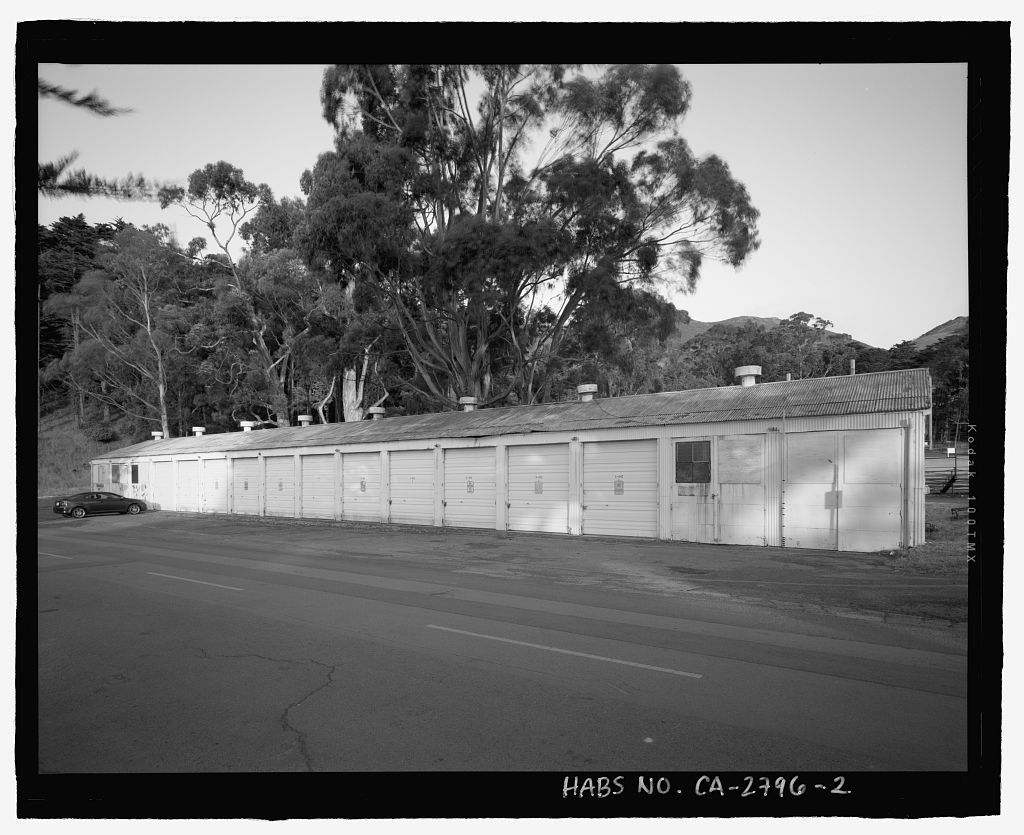 Mobile Searchlight Storage Building, 691 Center Road ...