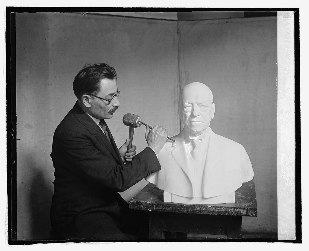 Moses W. Dykaar with bust of Gompers, 3/14/25