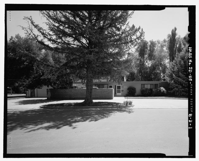 Mountain Home Air Force Base 1958 Senior Officers' Housing, Colonel's Residence, Tuck Street (originally Locust Street), Mountain Home, Elmore County, ID