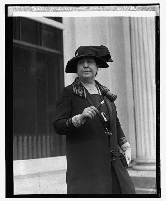Mrs. Harry Lee Rust of Wakefield Nat'l Memorial Ass'n., 6/1/25