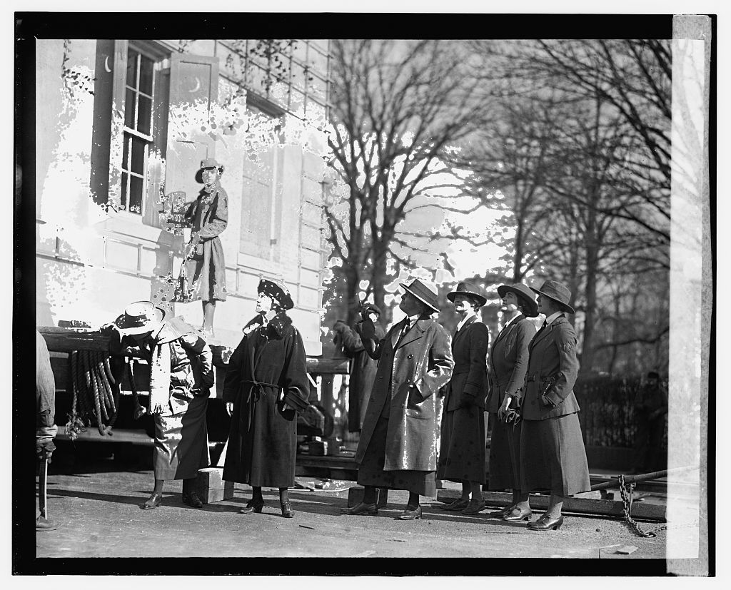 Mrs. Hoover at Home [...], 2/9/24