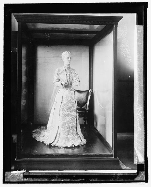 Mrs. Ida Saxton McKinley [inaugural dress from First Ladies Collection], 9/3/24